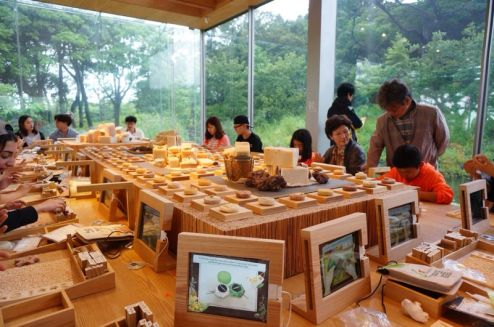 Innisfree House Jeju Soap workshop